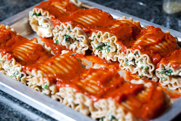 Chicken and Spinach Lasagna Roll-ups