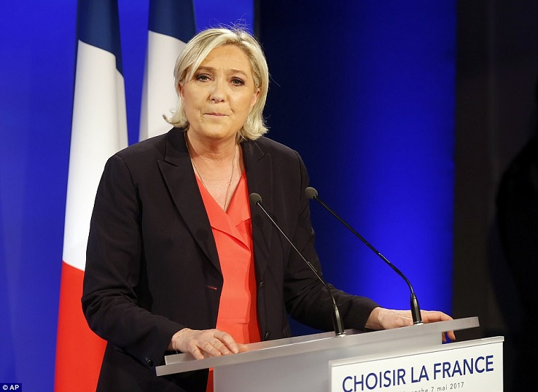 40108b0100000578-4482380-french_far_right_presidential_candidate_marine_le_pen_reaveled_t-a-117_1494183027279