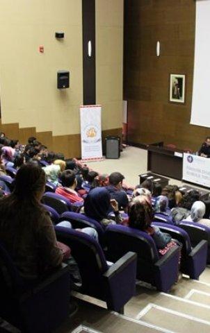 Kırıkkale Üniversitesi İmza Günü ve Esila Film Gösterimi (8)
