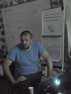 Димитър Събев споделя най-съкровените професионални техники за намиране на данни в интернет. Фото: Р.Йорданов/Евромегдан.бг
