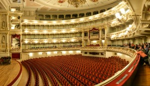 Opéra – Mot du jour - EVS Translations