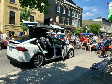 EVS Kawartha - Tesla Model X