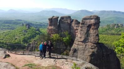 Groupspicture infront of the rocks of Belogradschik