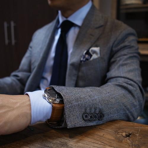 луксозен механичен часовник на ниска цена