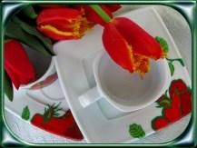 filiżanka malowana w róże