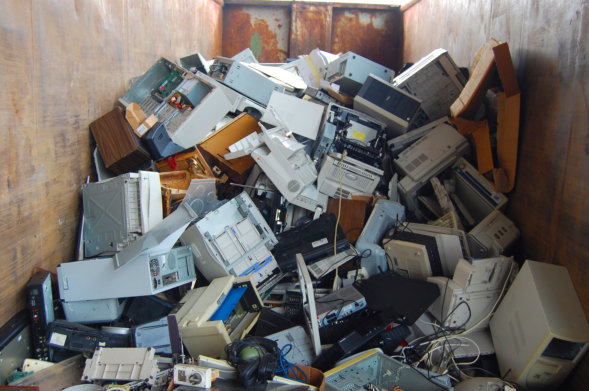 hight resolution of computer waste recycling company