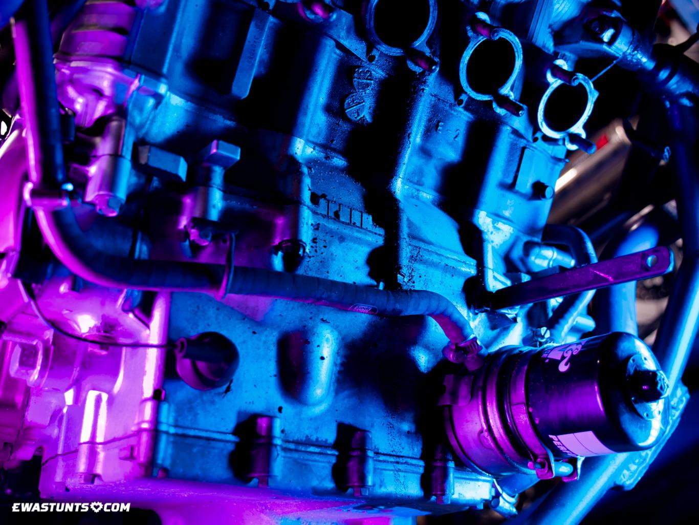 ewastunts_engine_wrapping_1