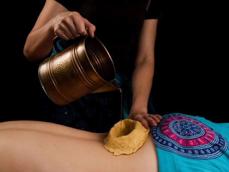 Masaż ajurwedyjski kati vasti - masaż Bieszczady