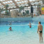 Sztuczna fala w aquaparku w Pradze