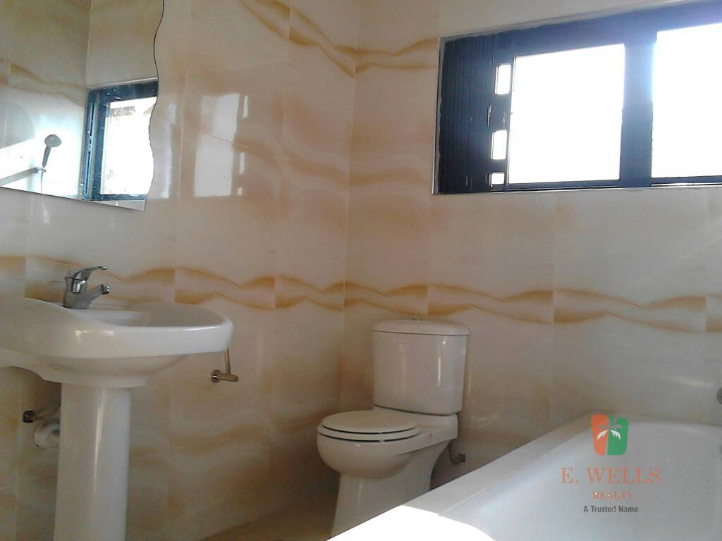 4 Bedroom House For Rent in Labone