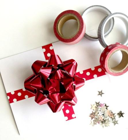 quick christmas gift wrap idea