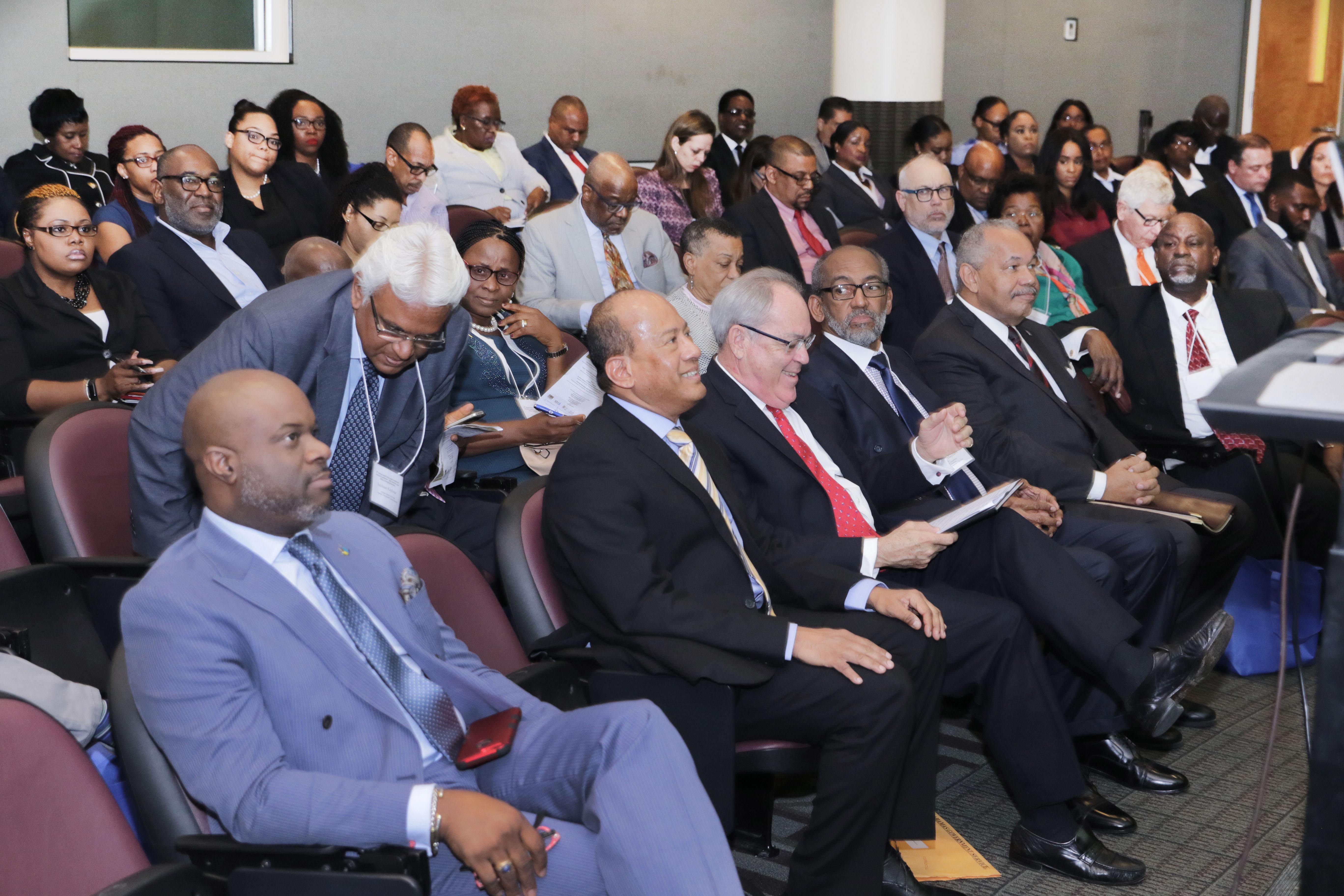 Symonette discusses Bahamasas commercial arbitration centre