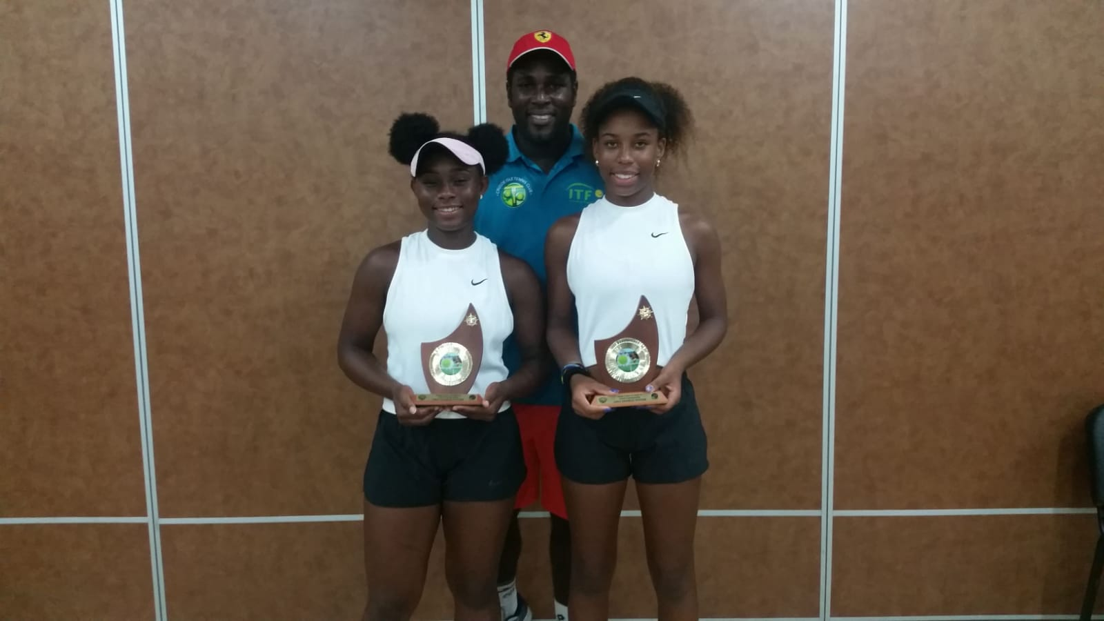 Clarke, Riley-Cordington win doubles title