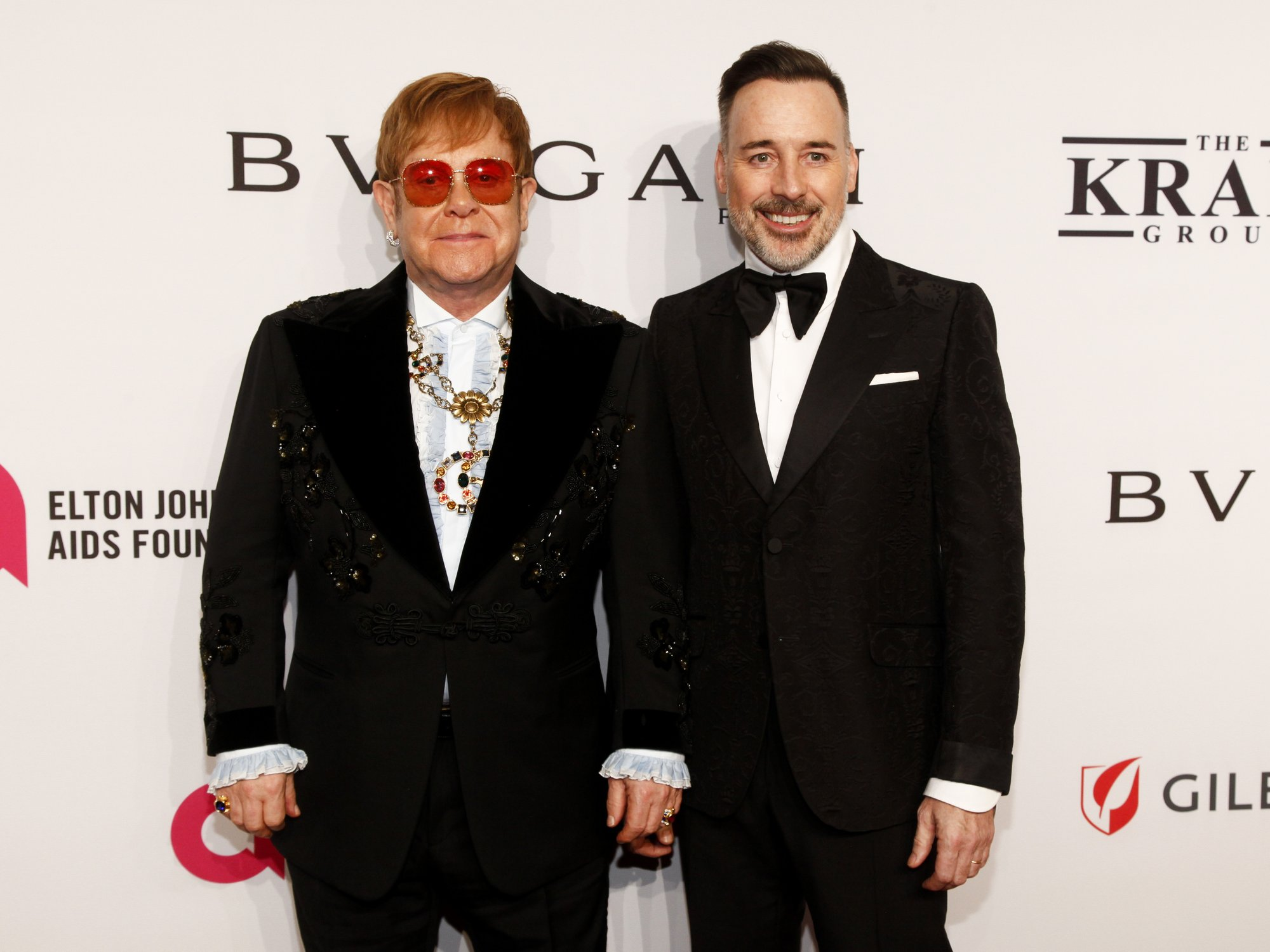 Elton John remembers Aretha Franklin at his annual AIDS gala
