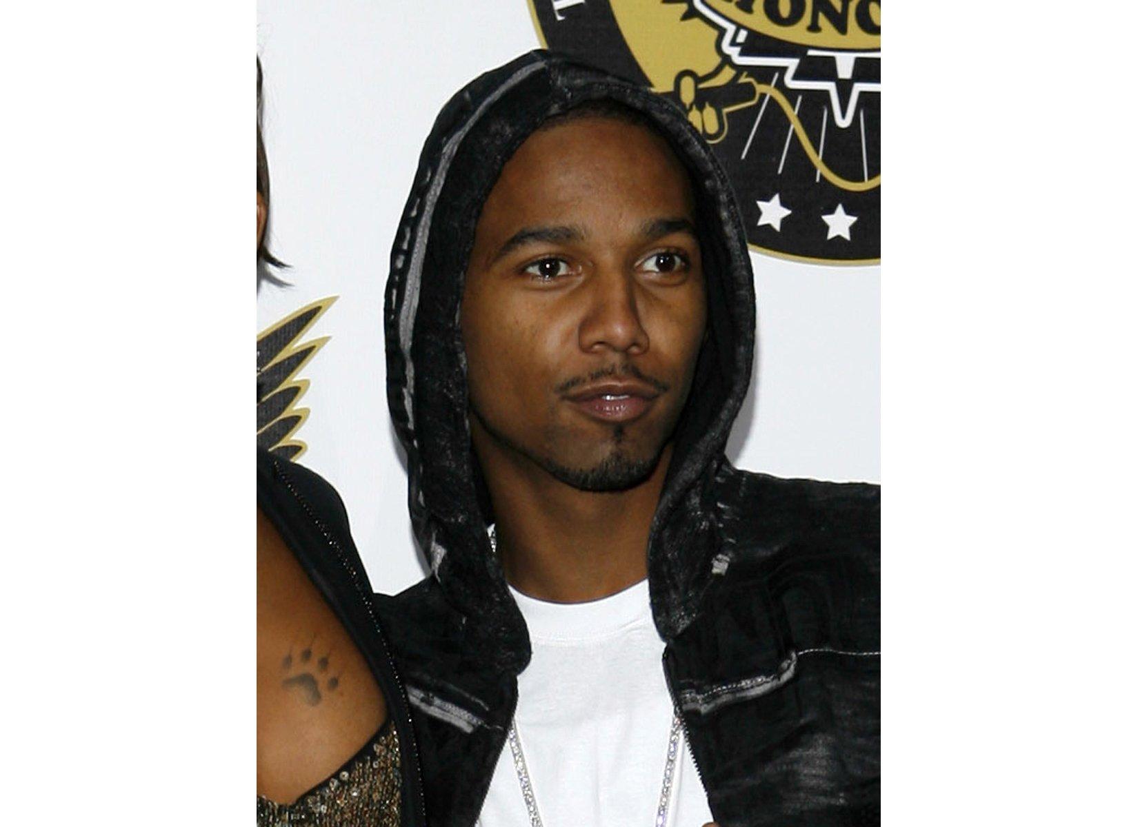 Rapper Juelz Santana sentenced to prison for gun in airport