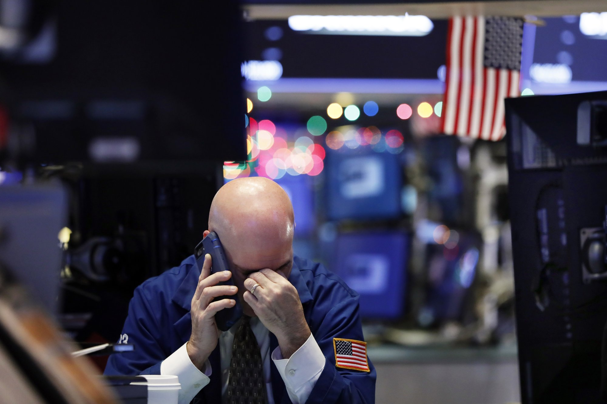 The stock market starts off 2019 with more turbulence