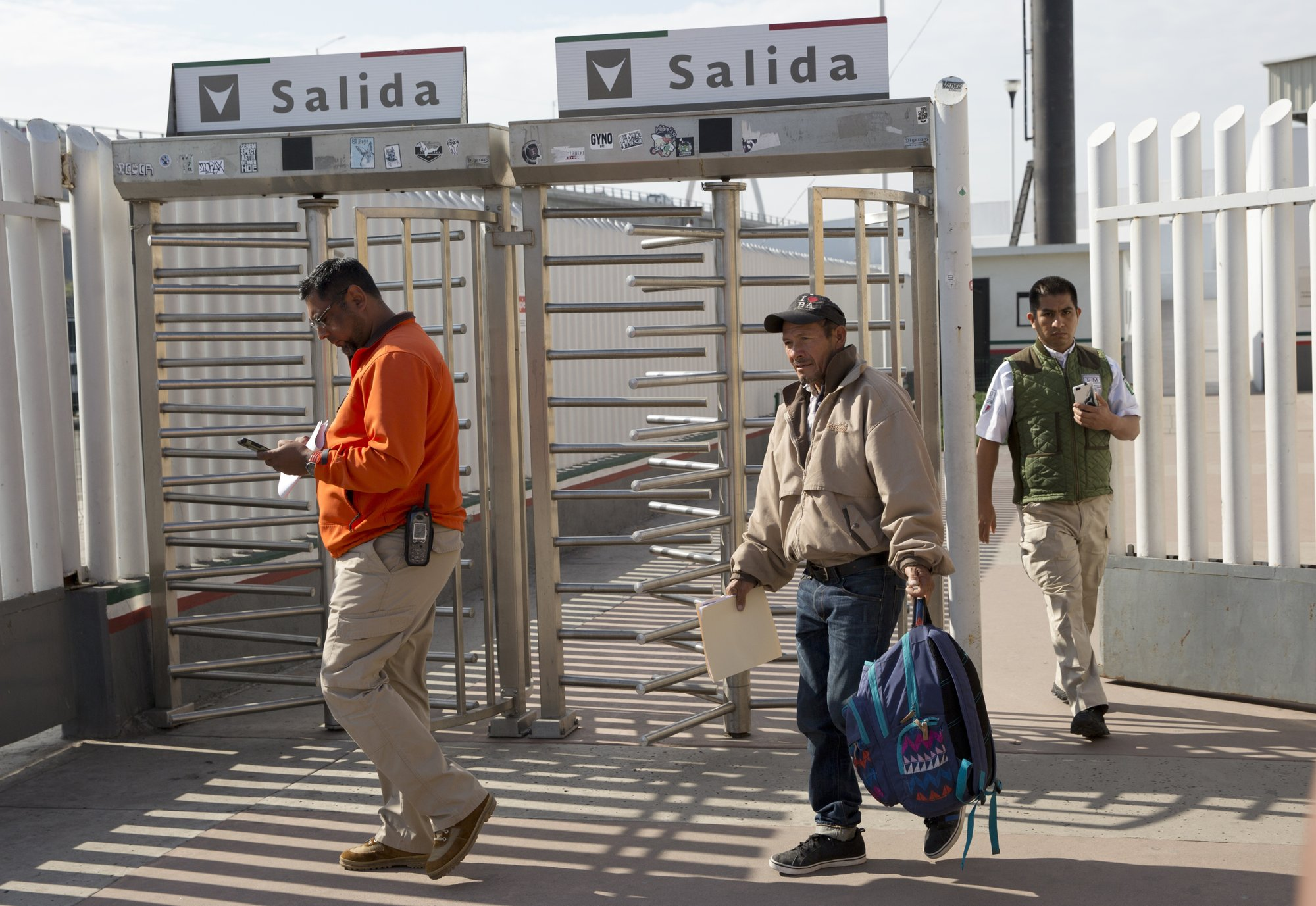 US launches plan for asylum seekers to wait in Mexico