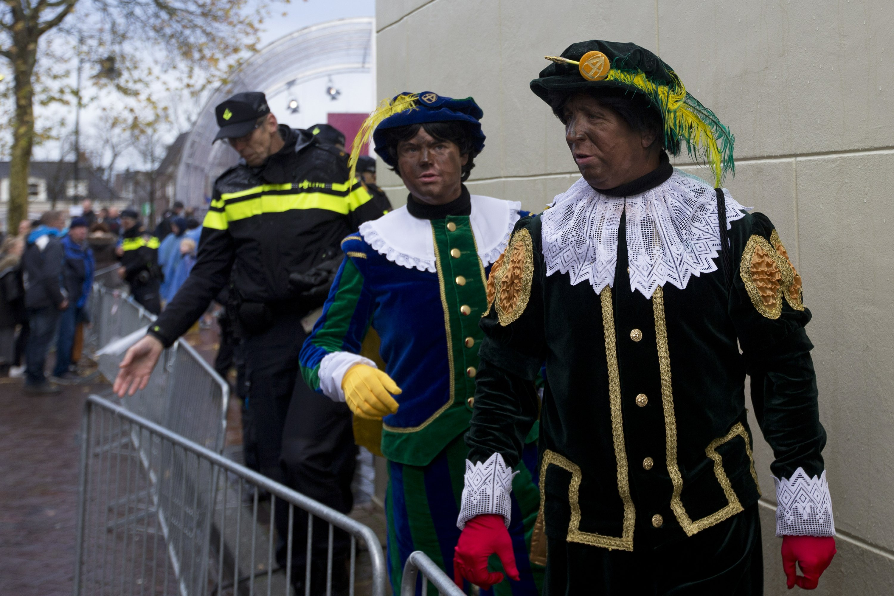 AP Explains: Racist history of blackface began in the 1830s