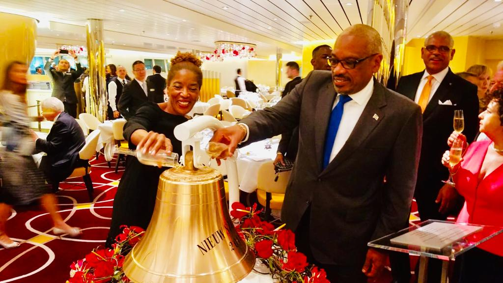 PM attends dedication of Holland America's Nieuw Statendam