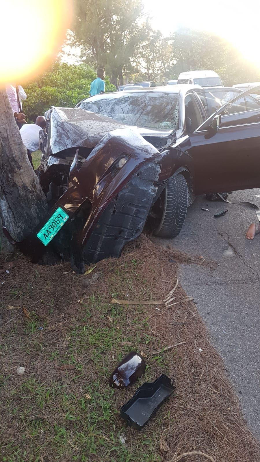 Seven injured in serious traffic accident on West Bay Street