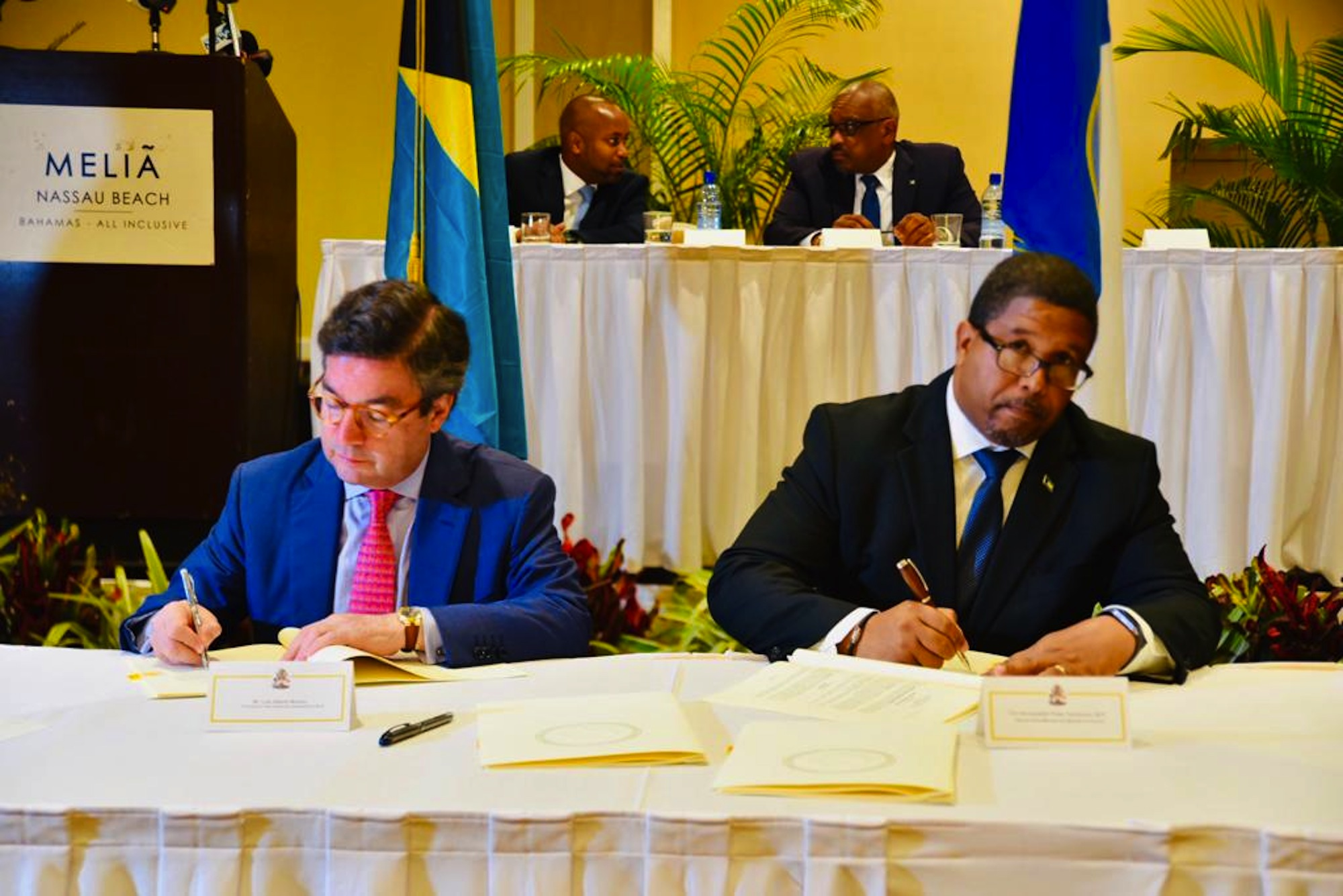 Government secures IDB loans for e-services; and for stabilization in the event of natural disaster