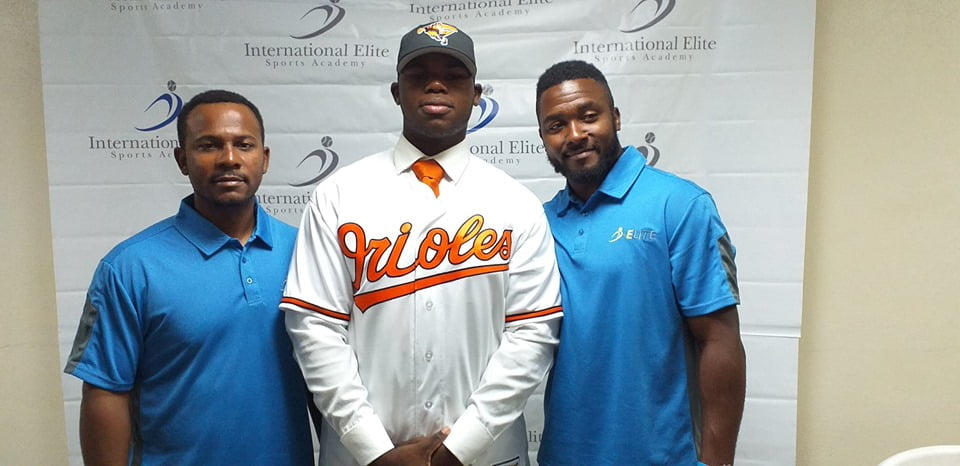 Rolle inks deal with Baltimore Orioles