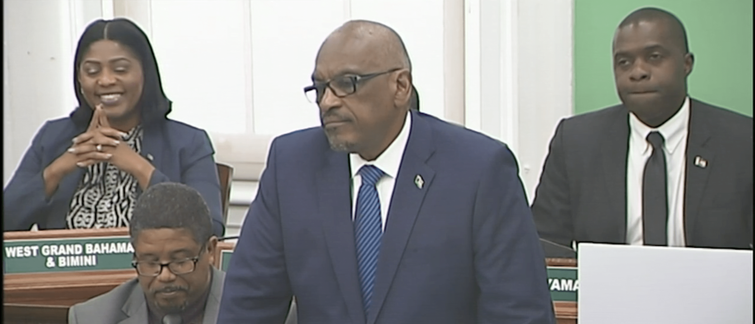 Minnis commends exemplary service of Dame Marguerite as GG