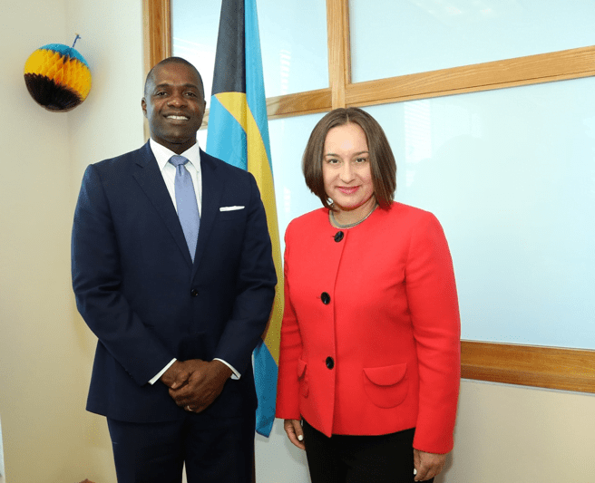 Minister of Financial Services, Trade and Industry makes courtesy call on U.S. Charge d'Affaires