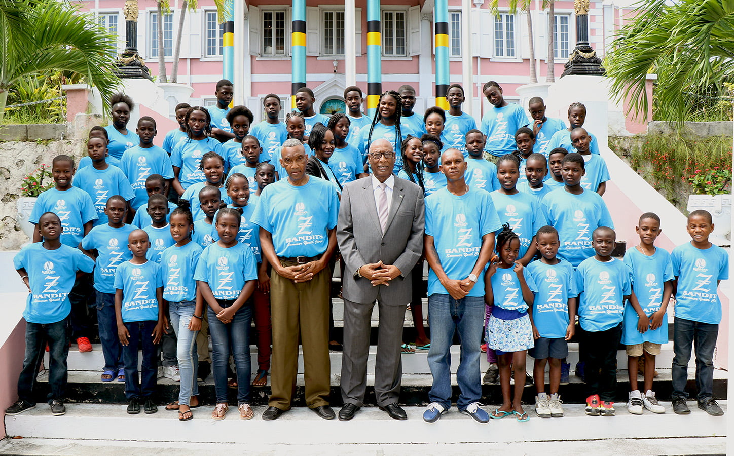 Z-Bandits summer campers pay courtesy call on Governor General