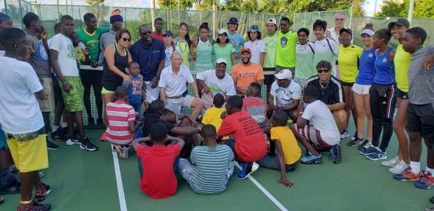 IC Bahamas hosts tennis clinic for children affected by Hurricane Dorian