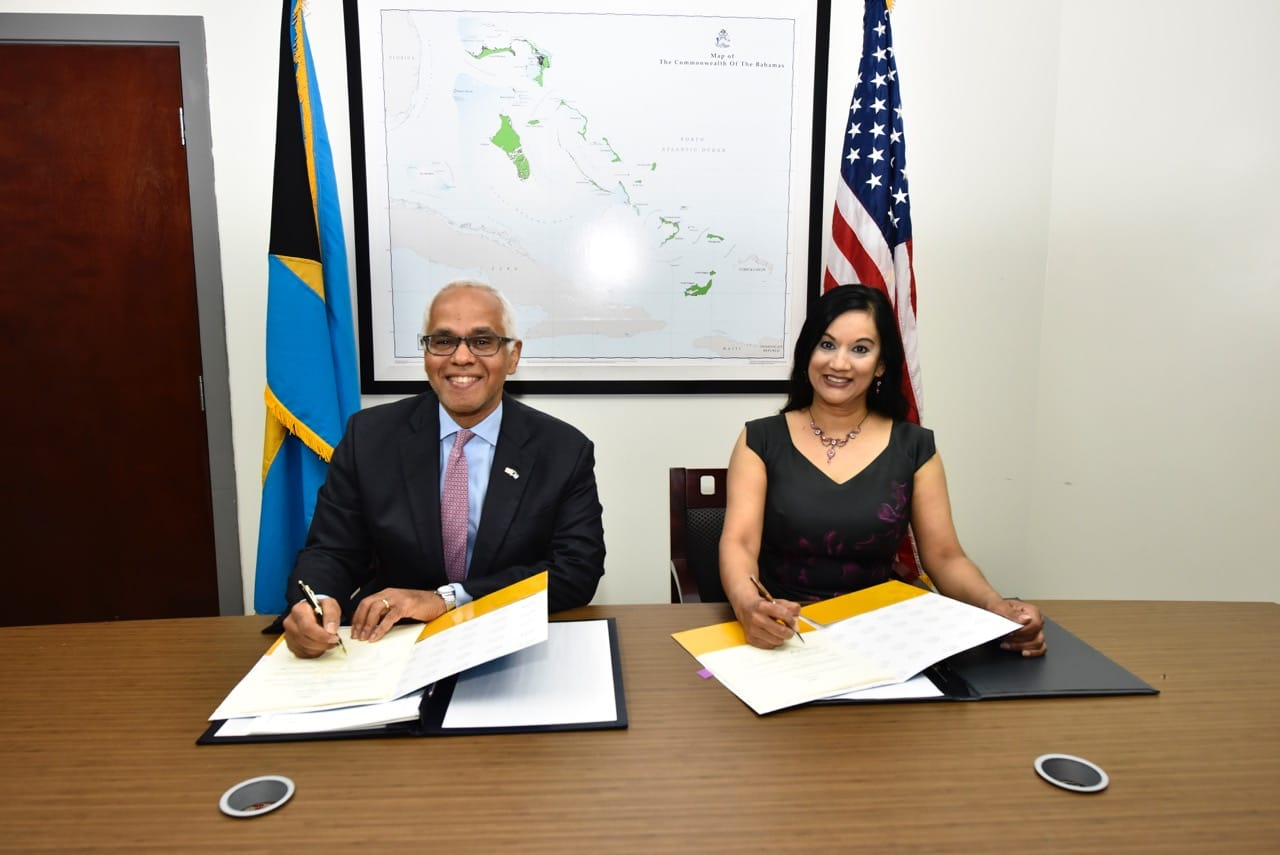 Bahamas and United States sign into force 'historic' Air Service Agreement
