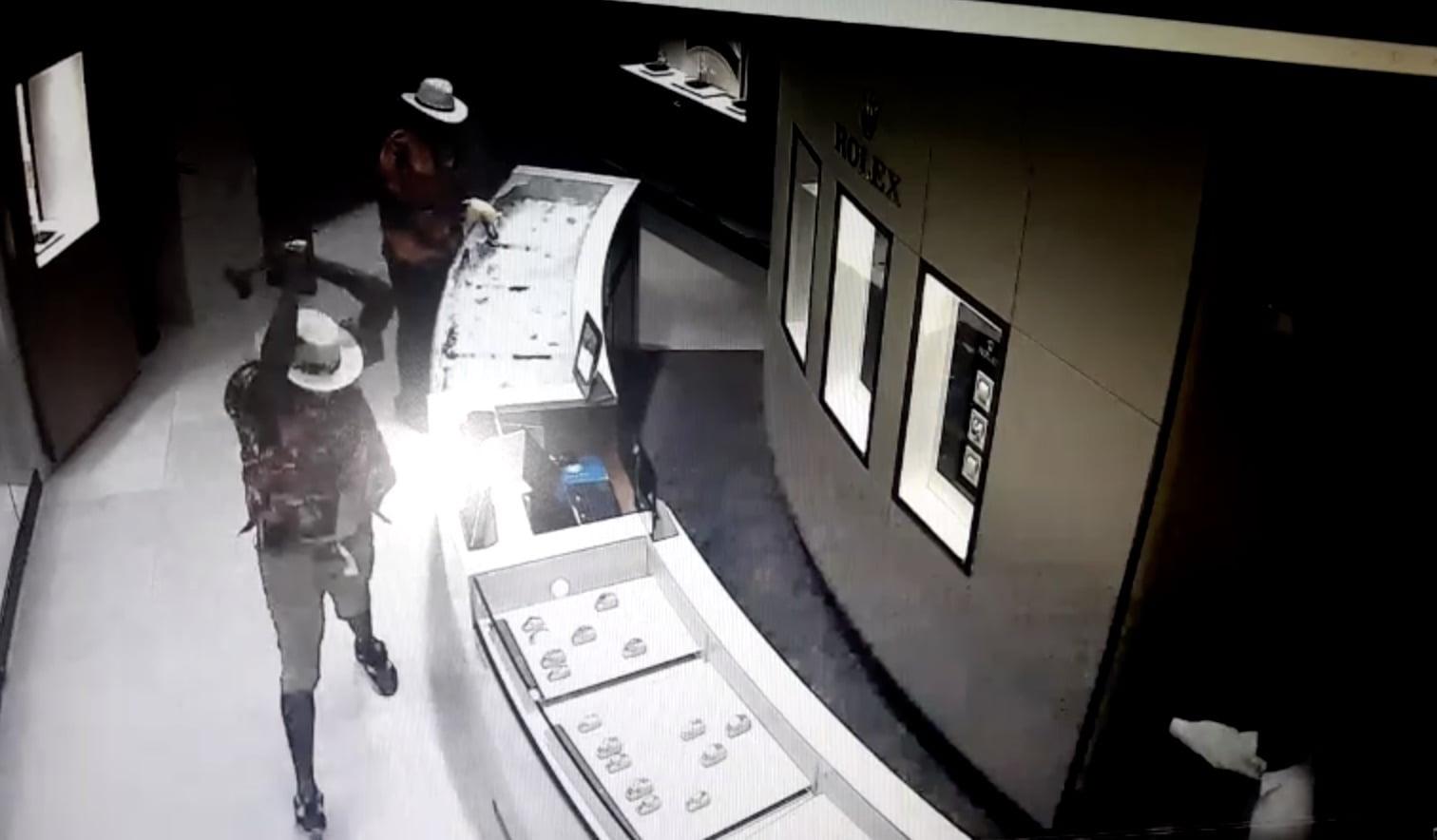 Second suspect arrest in Atlantis jewelry heist