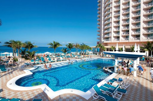 Riu temporarily closing, Warwick to remain open