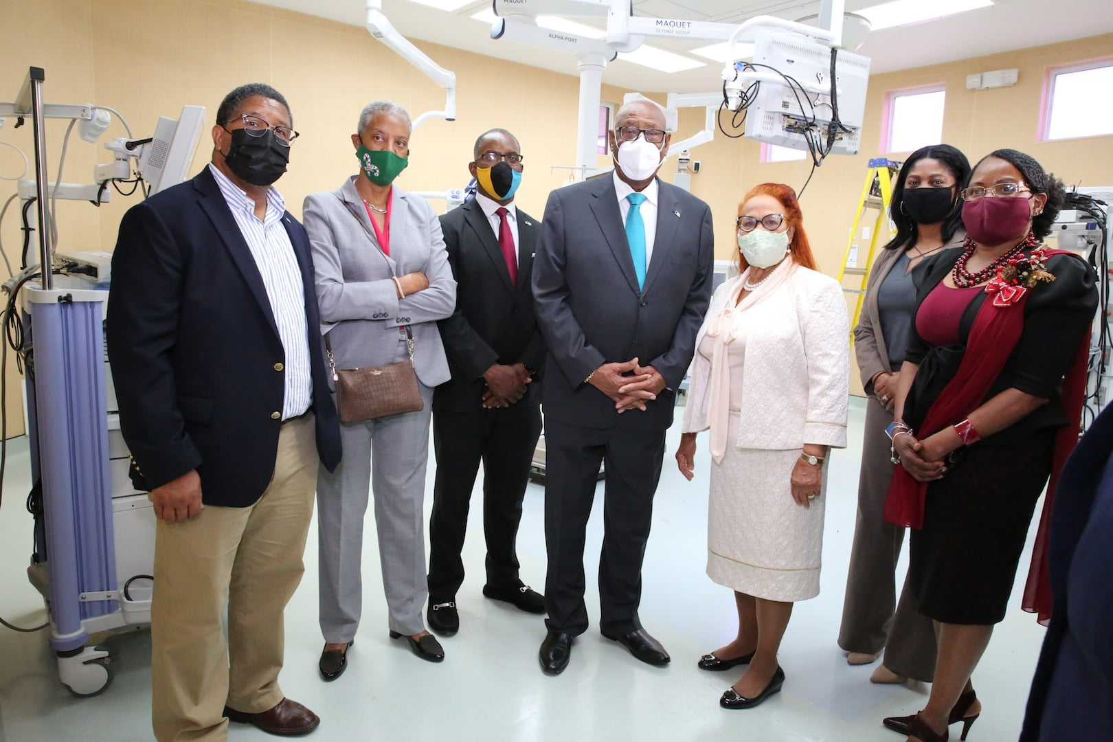 Governor general tours Rand Memorial Hospital, praises healthcare workers