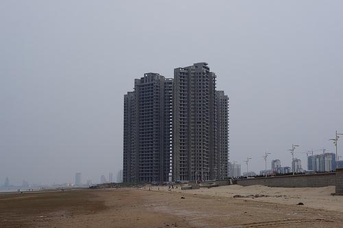 ruined building 1 砂上の廃墟1