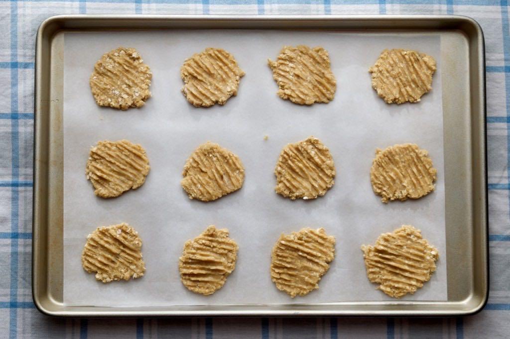 Oatmeal Cookies Baking