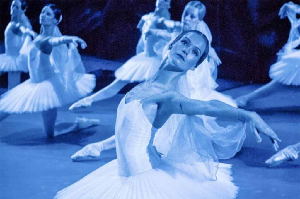 Ballet dancers at the Bolshoi