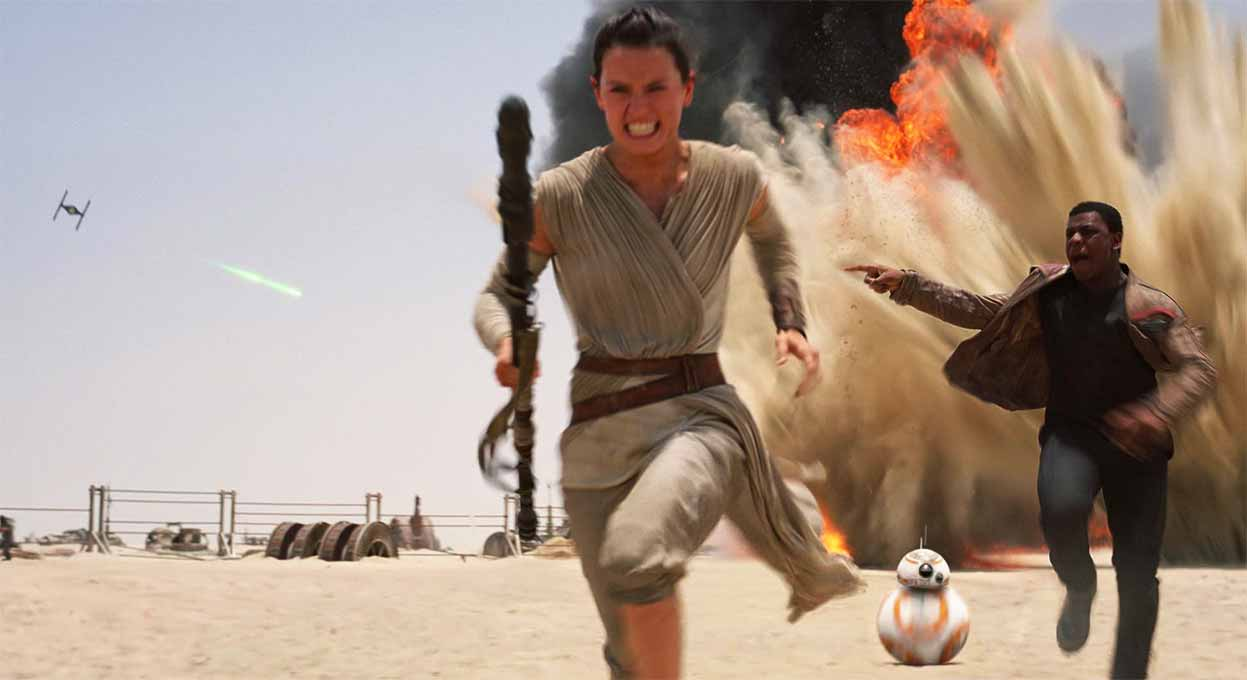 A new heroine takes over in Star Wars : The Force Awakens