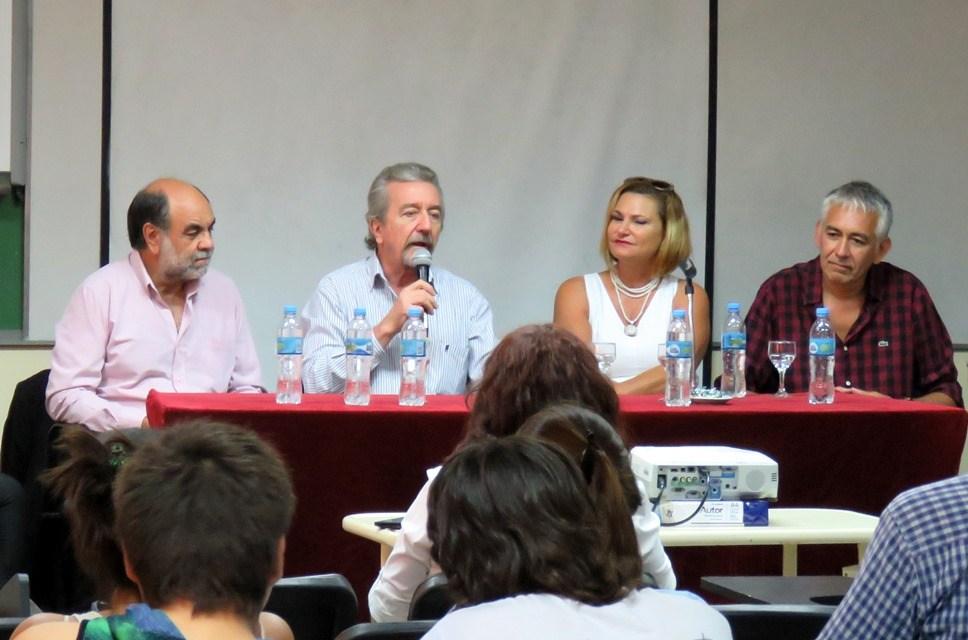 """Presentación del libro """"Más allá de la ecología de la Restauración: perspectivas sociales en América Latina y el Caribe"""""""