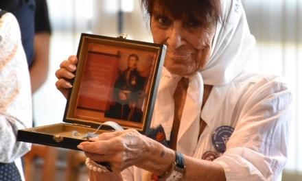 Taty Almeida declarada Visitante Ilustre de la UNSJ