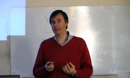 El Dr. Gabriel Ferrero, de la Oficina Gémini Argentina, dio un taller en Exactas