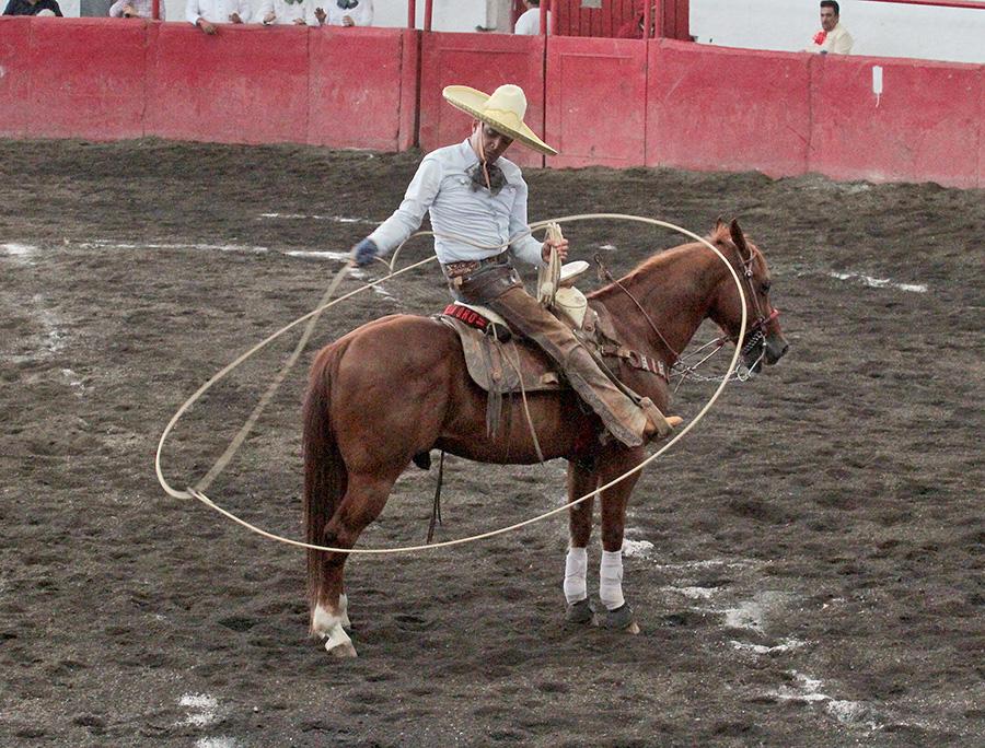 Pedro Bañuelos de Charros de Morelia