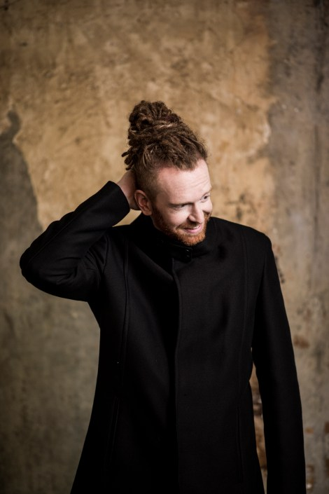 Newton Faulkner by Pip for BMG
