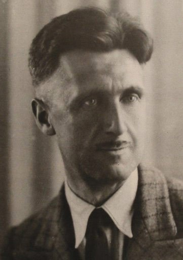George Orwell as he faced the world in 1936.
