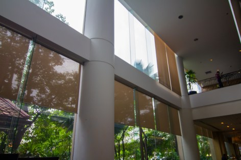 clean windows in a lobby - Are Clean Windows Really That Important?
