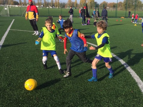 Excel Sports Inspiring children through sport dribbling