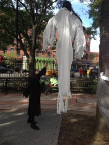 halloween-fun-at-hells-kitchen-park-copyright-shelagh-donnelly
