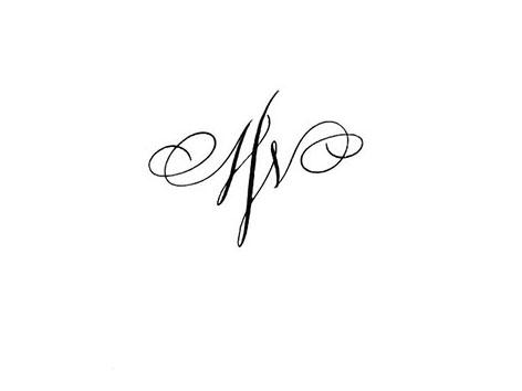Tatouages Lettres Entrelacees