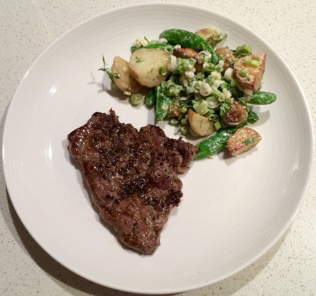 HelloFresh - Pepper Crusted Steak & Warm Potato Salad Served