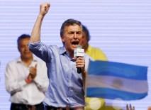 2015-11-23t031434z_1_lynxmpebam03v_rtroptp_4_argentina-election